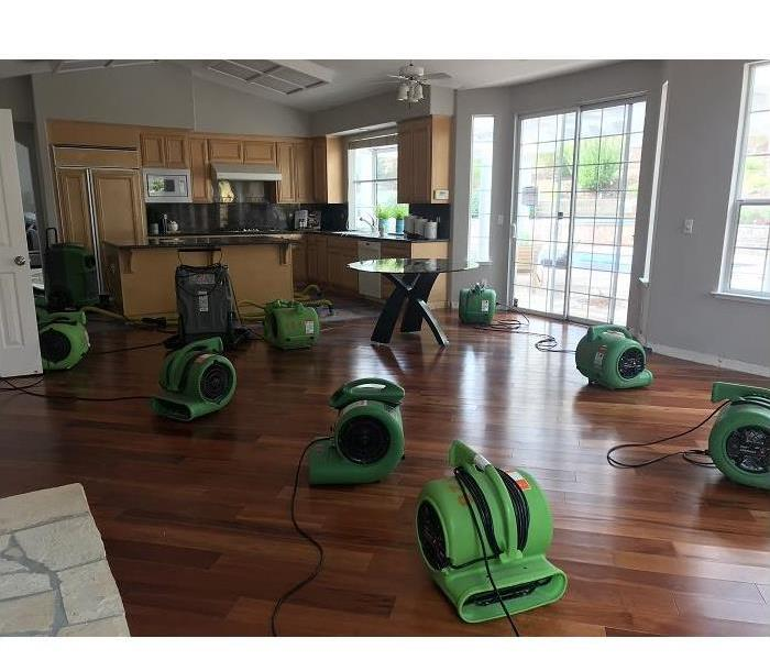 Why SERVPRO Drying Out Your Water Damaged San Jose Home Requires More Than a Box Fan